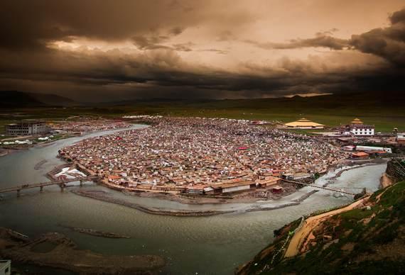 【履约色达】若尔盖 莲宝叶则 色达 亚青寺 丹巴甲居藏寨环线摄影7日之旅