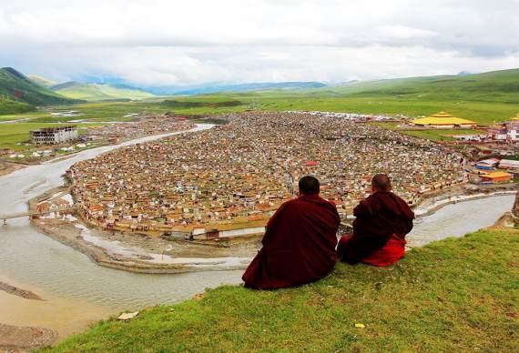 【佛色亚青】佛国色达 亚青寺 中路藏寨 四姑娘山 丹巴4~6人5日之旅